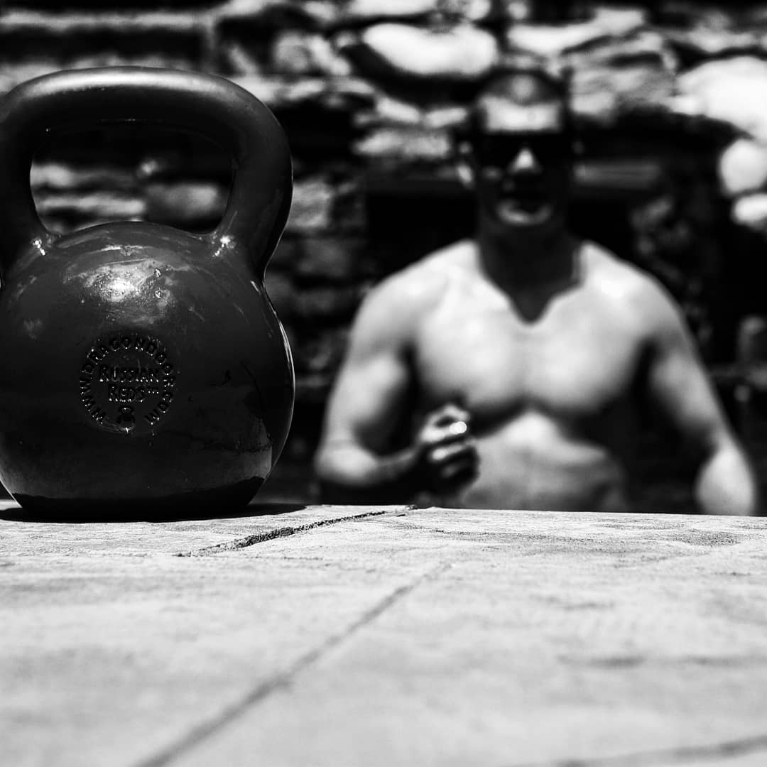 5 Simple And Fast Kettlebell Workouts For Lean Muscle
